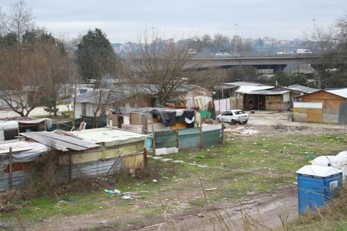 campo nomadi roma