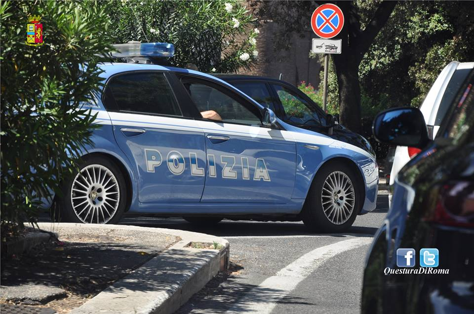 poliziamacchinafiga